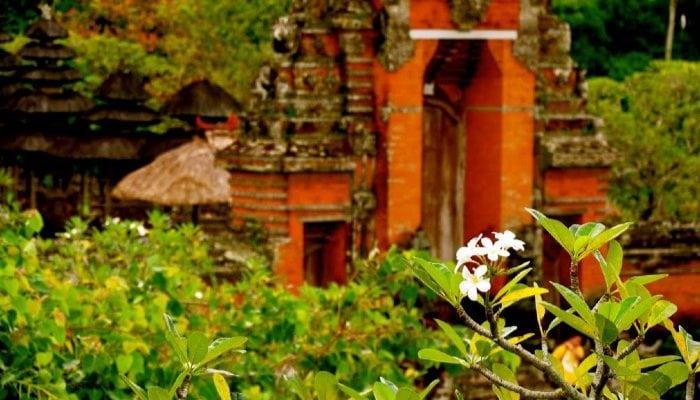 royal temple taman ayun